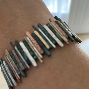 Mixed metal modern stretch bracelet